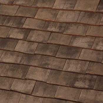 prieure schindel dachziegel aus frankreich mit besonderem format und farben kreative. Black Bedroom Furniture Sets. Home Design Ideas