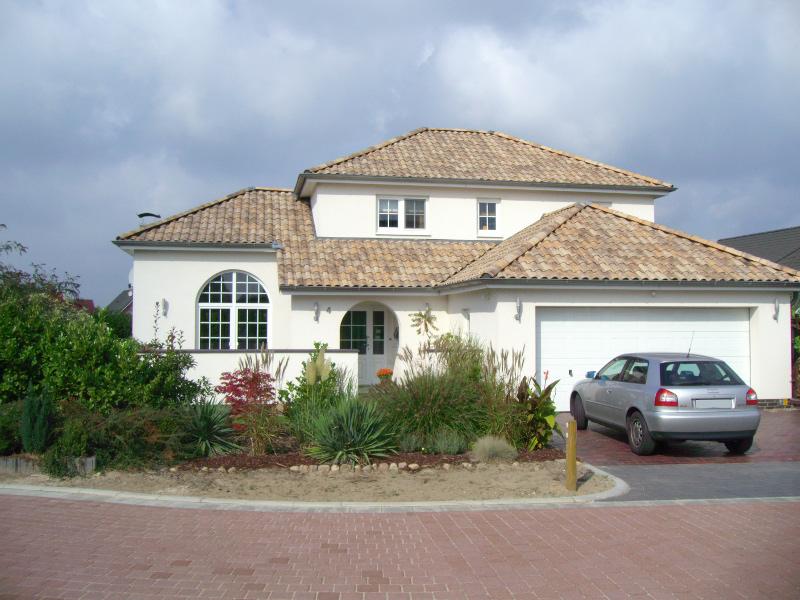 romanische dachziegel mediterrane dachziegel. Black Bedroom Furniture Sets. Home Design Ideas